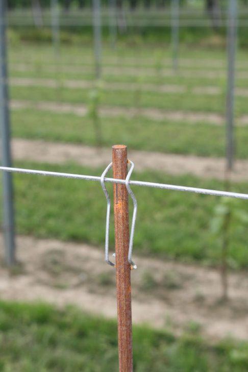 Gancio verticale per tutore diam. 10/16 mm